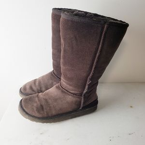 UGG Classic Tall Brown Boots Size 5